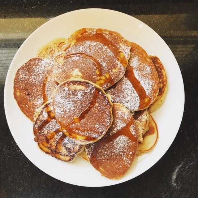 Sneaky Banana, Spelt and Yoghurt 'Pankeletes'